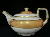 NOW SOLD Early DERBY teapot  - large